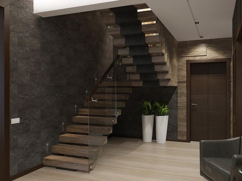 Деревянная лестница в прихожей дома