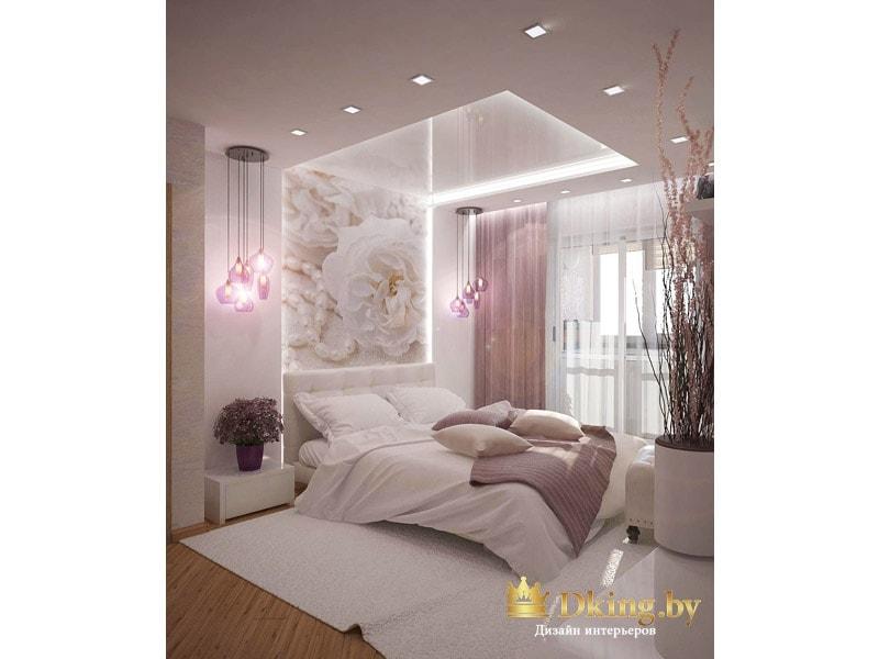 спальня с оригинальной потолочной конструкцией: ниша в изголовье, переходящая на потолок