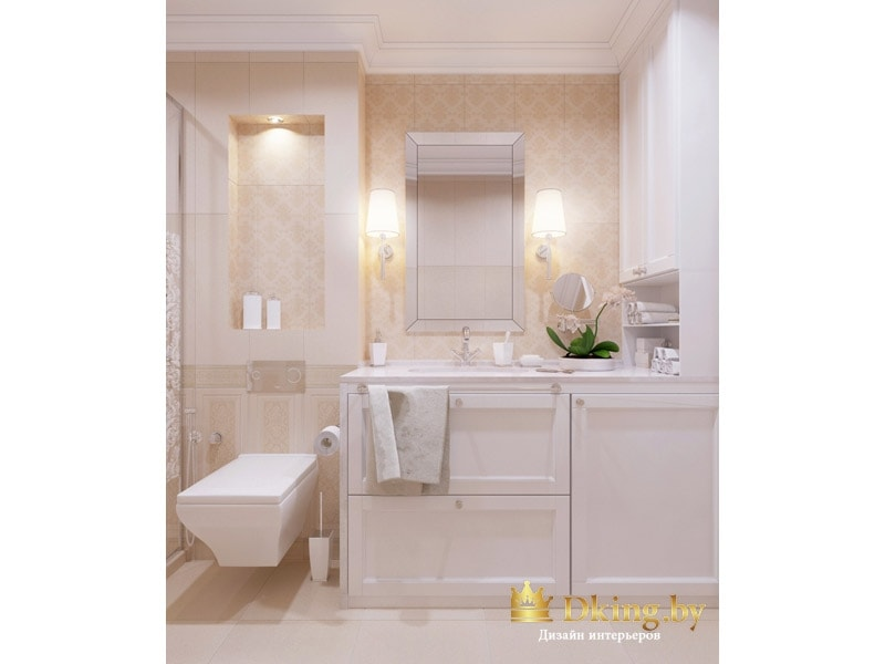 ванная в классическом стиле: бежевая плитка, акцентная плитка с классическим узором, классическая раскладка. Подвесной современный унитаз, встроенная стиральная машина