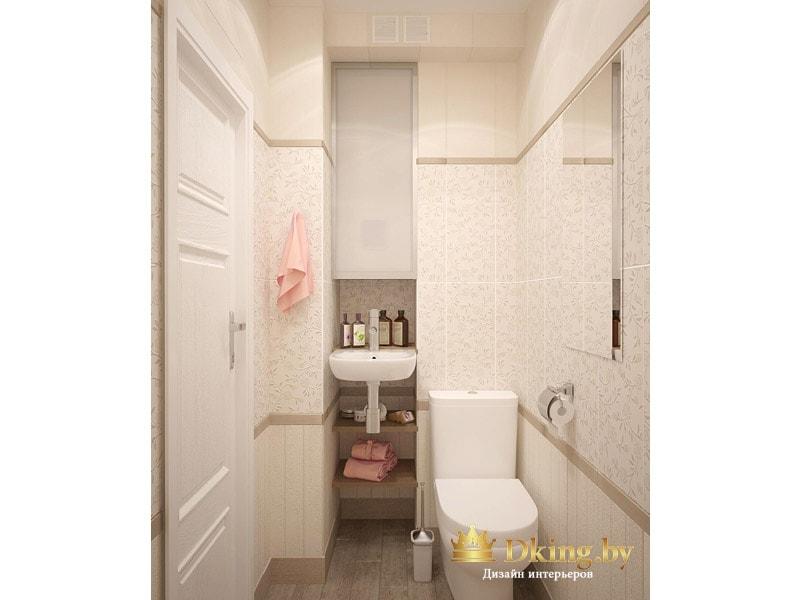 второй санузел: в нишу встроен мини-умывальник, унитаз наполный. дверь белая, плитка бежевая, в качестве декора - фриз и плитка из этой же коллекции с рельефным узором