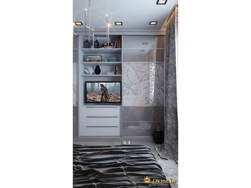 Натяжной потолок, узоры на шкафах - все отлично сочетается друг с другом