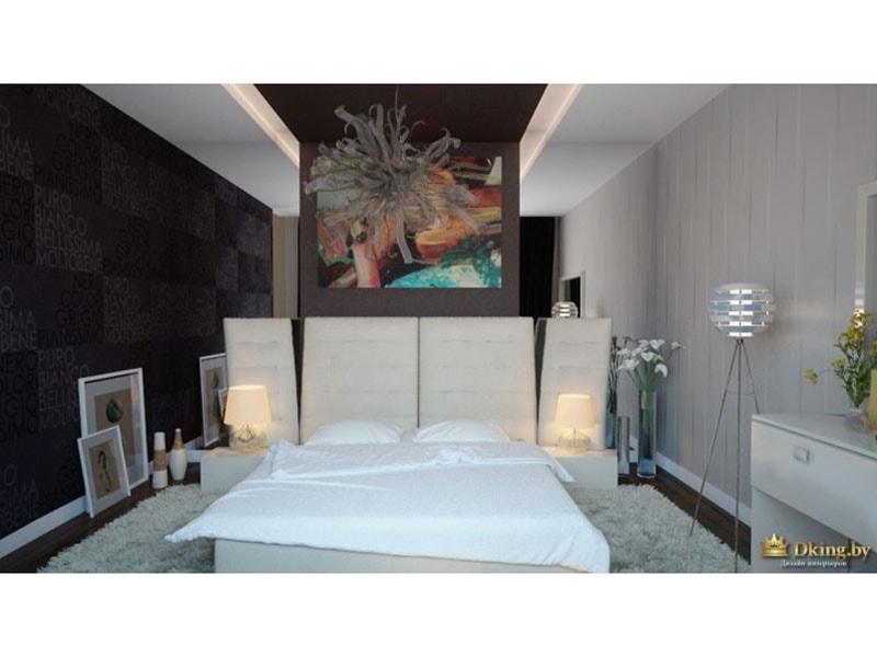 спальня с большой белой кроватью и необычными светильниками
