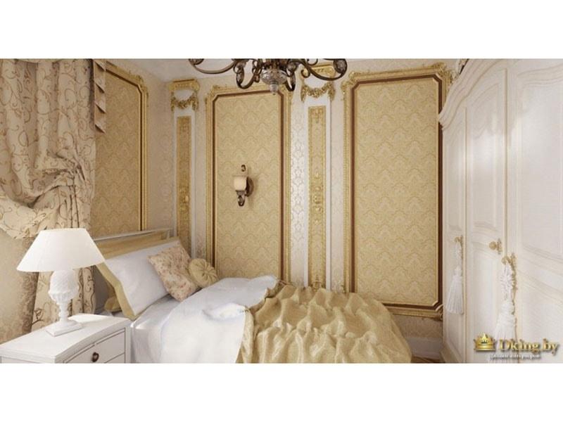 оформление стен в стиле ампир, молдинги, белый шкаф с позолотой, многослойные драпировки окна, кровати
