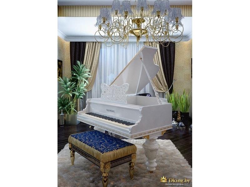 белый рояль в гостиной, луюстра в стиле ар-деко, фиолетовая банкетка, белый пушистый ковер, темный пол. богатый текстиль на окнах. сочетание бежевого, белого и шоколадного