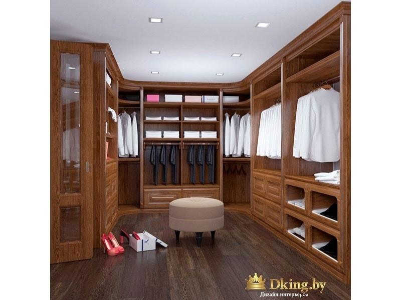 Очень просторный гардероб