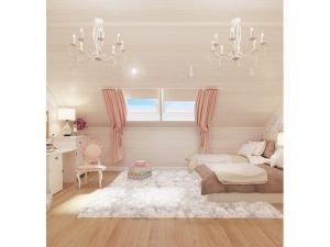 Мансардные окна в светлой спальне