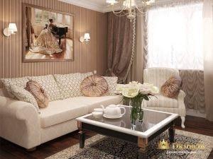 гостиная в классическом стиле: светлая мягкая мебель с круглыми подушками, бежевые обои в узкую полоску.