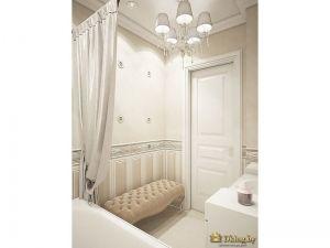Вид на вход в ванную комнату глазами человека, находящегося в ванной