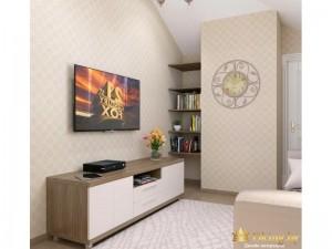 Телевизор напротив белого дивана