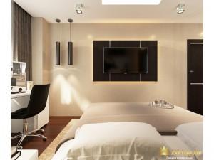 Телевизор в просторной спальне