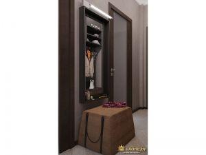 Шкафчик и пуфик в коридоре