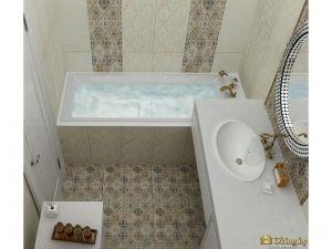 акцентная стена в ванной комнате возле ванны и зеркала