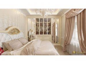 спальня в стиле ампир: розовые шторы с ламбрикеном, кровать с резным изголовьем, обои с орнаментов в лучших дворцовых традициях, шкаф-витрина