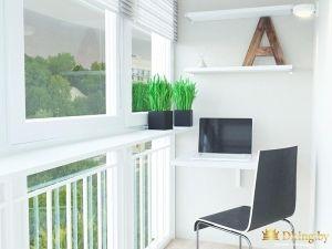 Буква а на полке на балконе