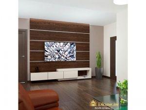 Большой телевизор в просторной комнате